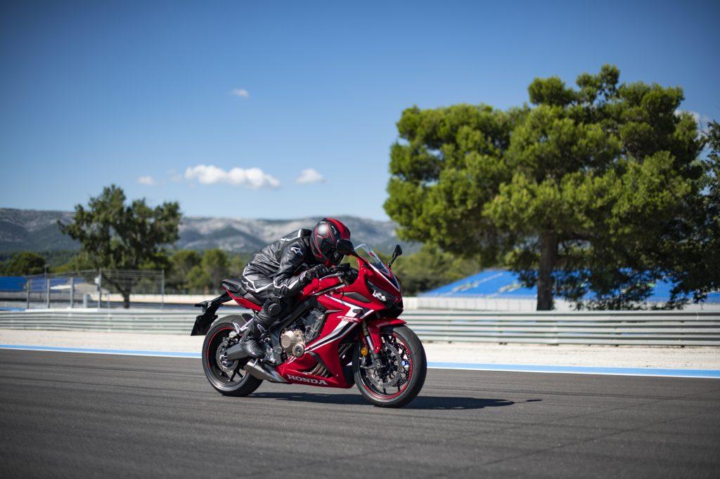 Grand Prix Red 2019 CBR650R