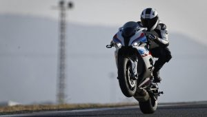2019 BMW S1000RR launched In India